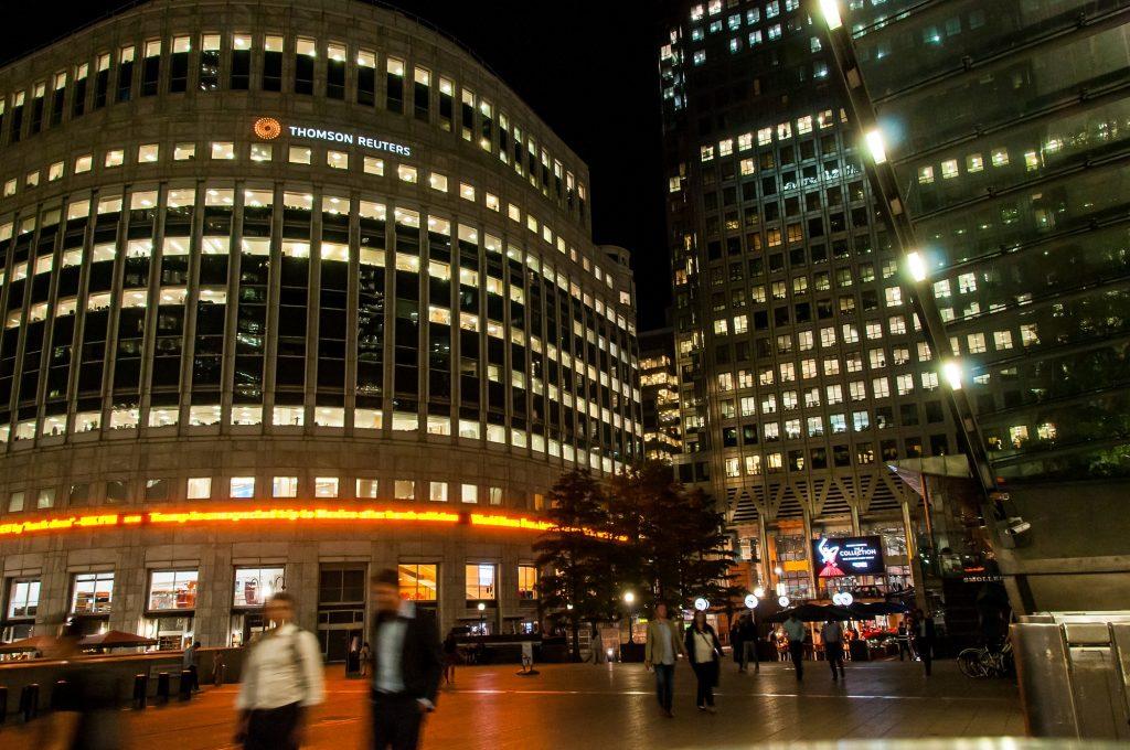 Bankenviertel bei Nacht